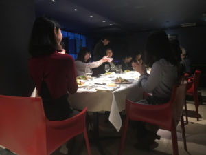 【南青山】グルメ&ワイン会の風景