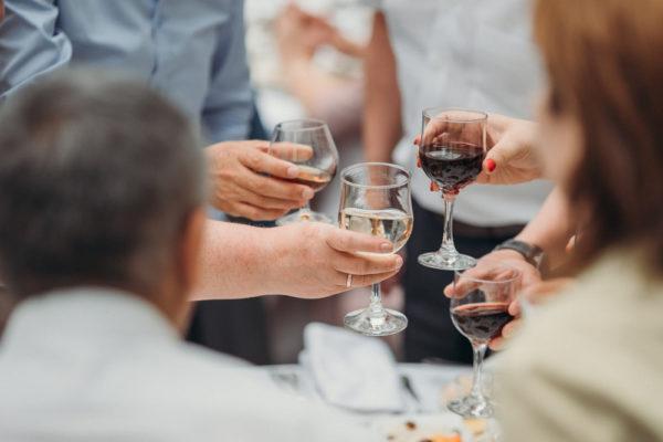 独身ワイン会|婚活にもおすすめな出会いの場を一挙紹介
